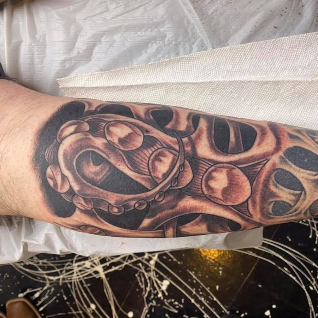 tap-out tattoo by Alex Jennings